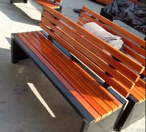 防腐木椅子